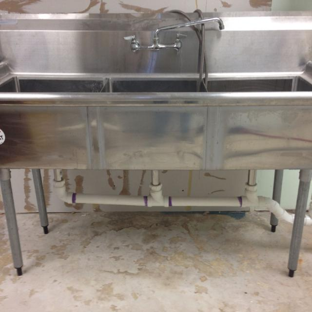 turbo air 3 compartment sink w faucet drains plumbing ready to go. Interior Design Ideas. Home Design Ideas