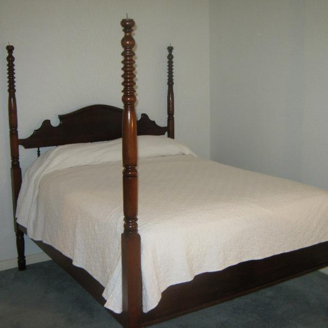 Best Antique Canopy Bed For Sale In Rowlett Texas For