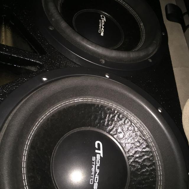 2 Ct sounds strato 12's in a ported box