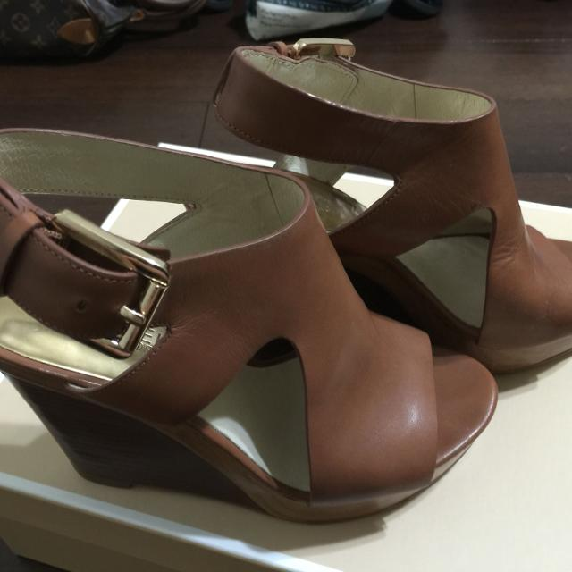 995b0528b023 Best Michael Kors Josephine Wedge Sandals Luggage Color Size 6 for sale in  Rowlett