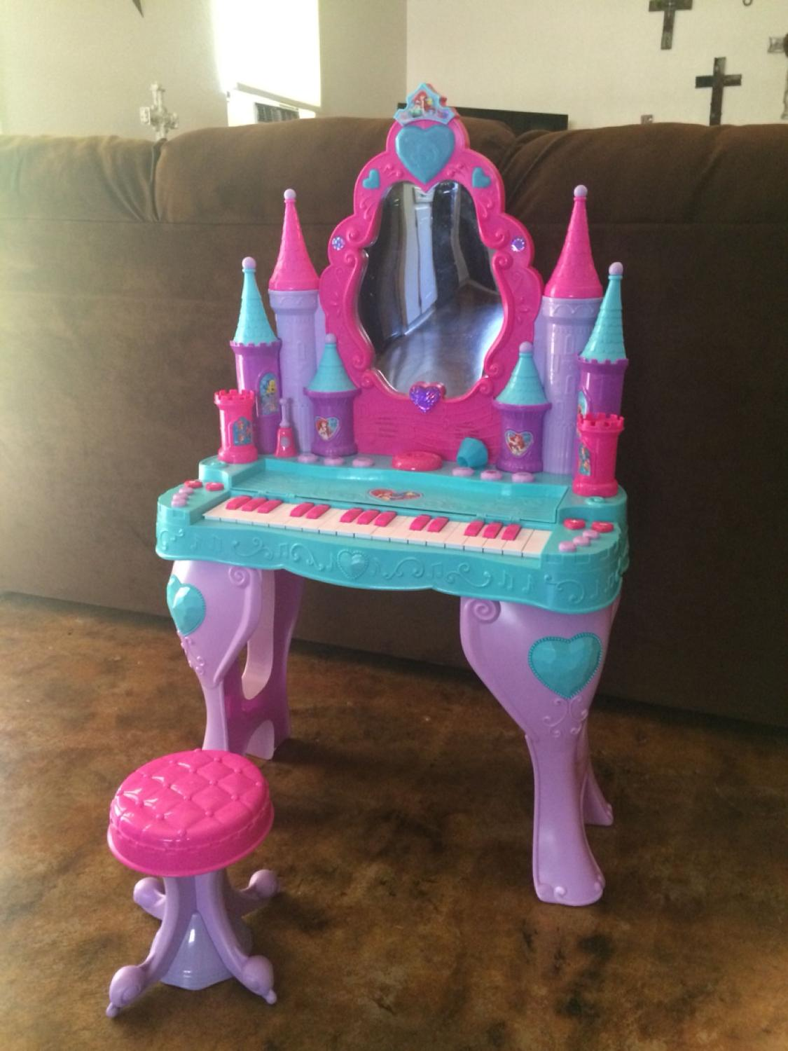 Find more disney princess little mermaid ariel piano keyboard find more disney princess little mermaid ariel piano keyboard interactive talking vanity salon great condition for sale at up to 90 off brazoria county geotapseo Images