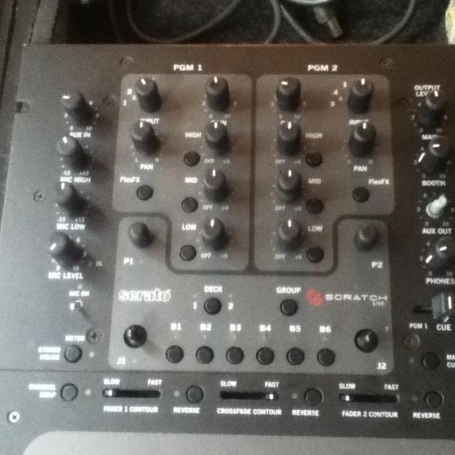 Rane 57 (Serato Built In) Dj Mixer
