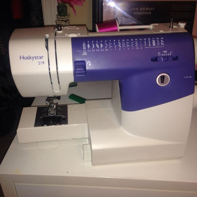 Find More Husky Star 40 Sewing Machine Like New For Sale At Up To Cool Huskystar 219 Sewing Machine
