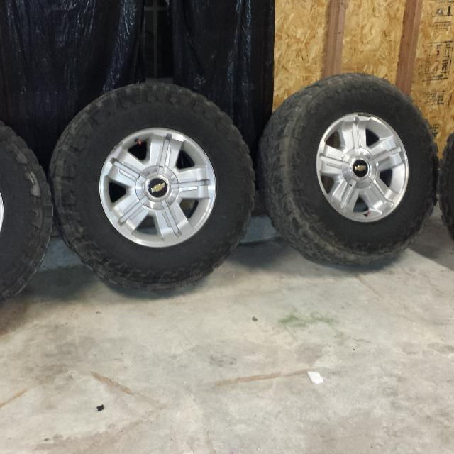 Find More 18 Inch Rims On 35 Inch Mud Tires Asking 450 Tires Still