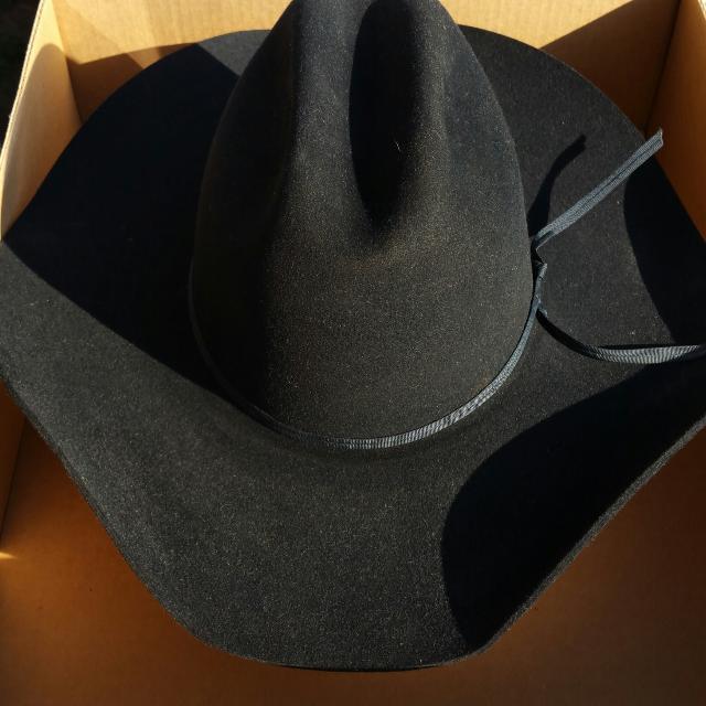 Best 4xxxx Black Beaver Felt Cowboy Hat for sale in La Grange 19674b658a3