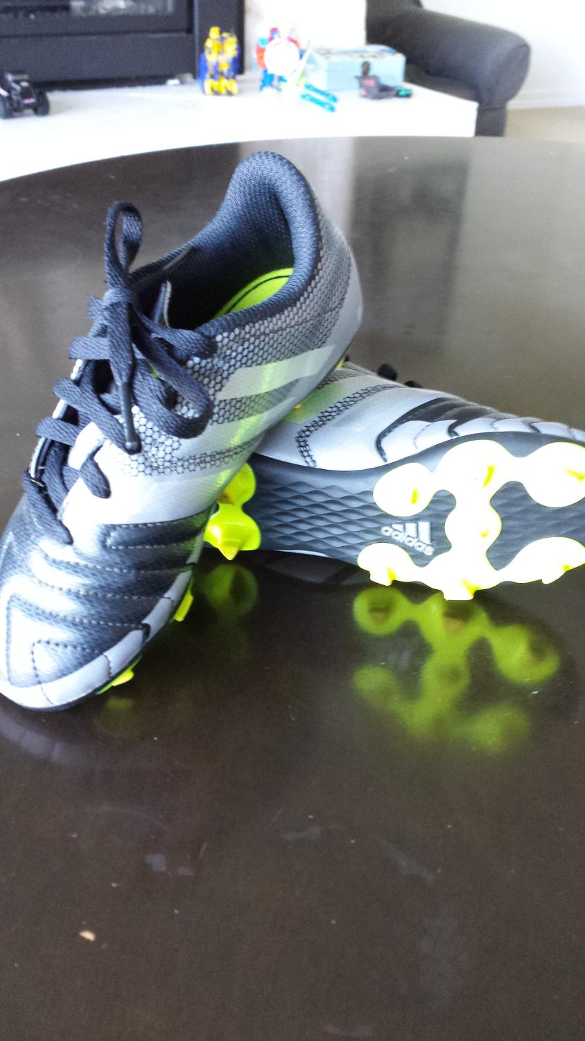 fade6238c Best Toddler Soccer Cleats Size 12. Mint Condition. for sale in Nanaimo