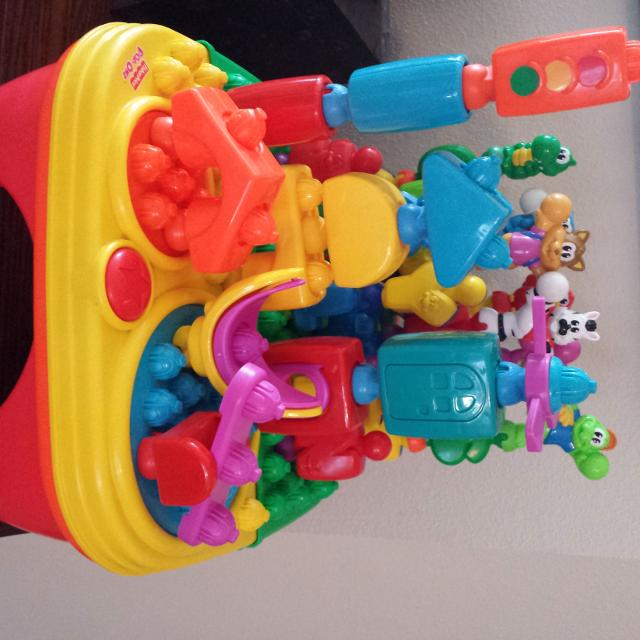 Find more Fisher Price Pop-onz Storage Table With Building, Animals ...
