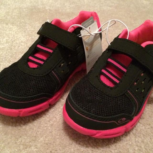 9c822d4a8ae Find more Toddler Girls Champion Running Shoes Size 9. Brand New ...
