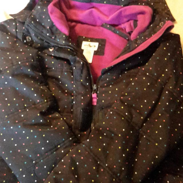 Find More Girls Size 14 Sportek Winter Jacket Guc Some Minor Wear Around The Sleeve Cuffs For Sale At Up To 90 Off Shop winter jackets, boots, home gym, ski/snowboard accessories and more. varagesale