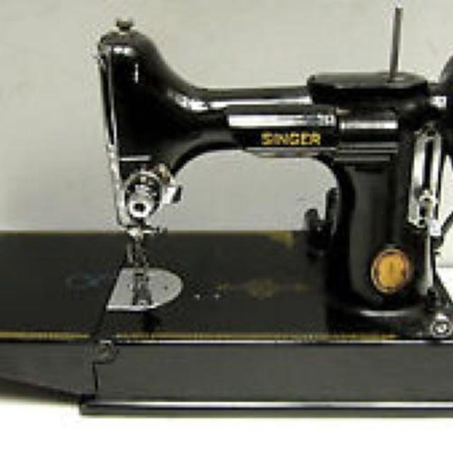 Best Vintage Singer Featherweight Sewing Machine Made In Canada Gorgeous Featherweight Singer Sewing Machines