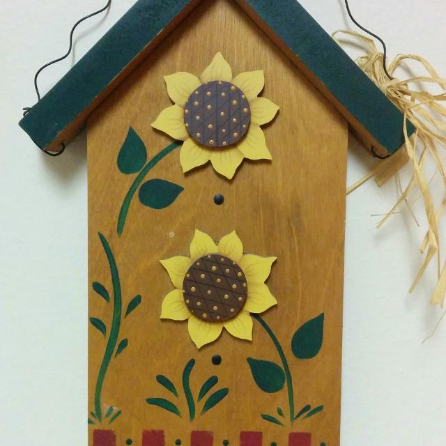 Best Wood Sunflower Decor Reduced To 3 For Sale In Appleton Wisconsin 2021