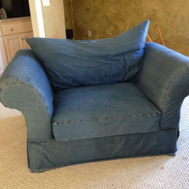 Denim Oversized Comfy Chair With Ottoman Love Seat SEE OTHER PICTURES IN THE COMMENTS