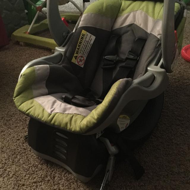 Best Baby Trend Infant Car Seat With Base Smoke/pet Free Home ...
