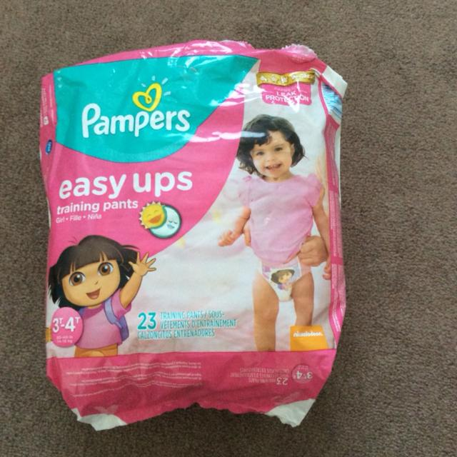 668d0c53fc7 Find more Pampers Easy Ups for sale at up to 90% off