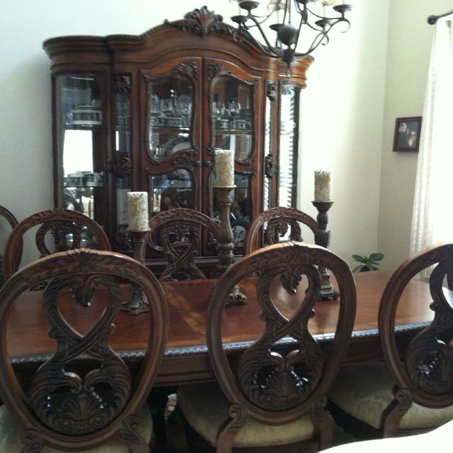Best Jessica Mcclintock Design - Dining Room Set And Hutch. Seats 8 ...