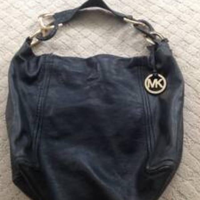 f3f3e965df58 Find more Authentic Michael Kors Black Hobo Bag Purse Brass Accents ...