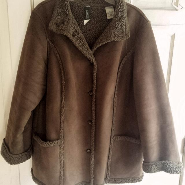 cbddaeed41aa6 Find more Ll Bean Faux Shearling Jacket, Womens Xl. Washable! for ...