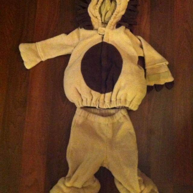 4ef068eead1f Find more Euc Lion Costume 6-12 Months for sale at up to 90% off
