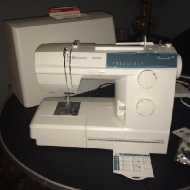 Find More Husqvarna Viking Emerald 40 Sewing Machine For Sale At Up Adorable Husqvarna Sewing Machine Sale