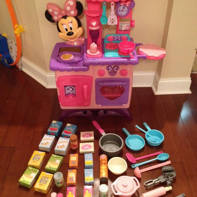 Minnie Mouse Play Kitchen: Find More Play Kitchen / Minnie Mouse Bow-tique Flipping