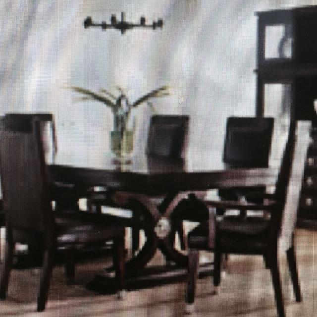 Nautica By Lexington Classic Dining Set