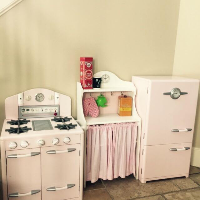 Pottery Barn Kids Retro Kitchen