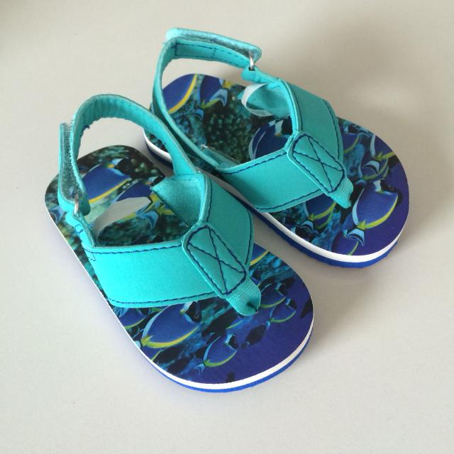 2a7756fa9183 Find more Baby Boy Sandals (size 4-5) for sale at up to 90% off
