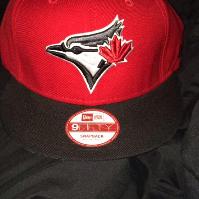 f22793bd5e5 Find more Euc Black red grey Toronto Blue Jays Snap Back Go Jays ...