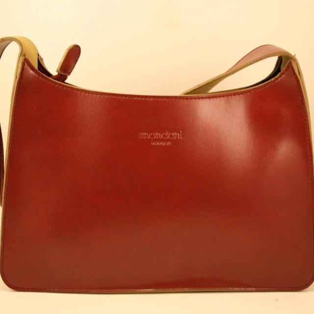Mondani New York Saratoga Red Faux Leather Shoulder Bag Purse 10 Left To Right