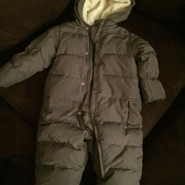 bc511bfd0 Find more Gently Used Baby Gap Toddler Snow Suit Size 12-18 Months ...