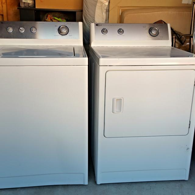 Amana Washer & Dryer Set