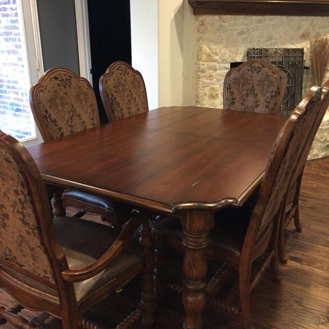 Bernhardt Dining Table With 6 Chairs Have Had About 12 Years But Only