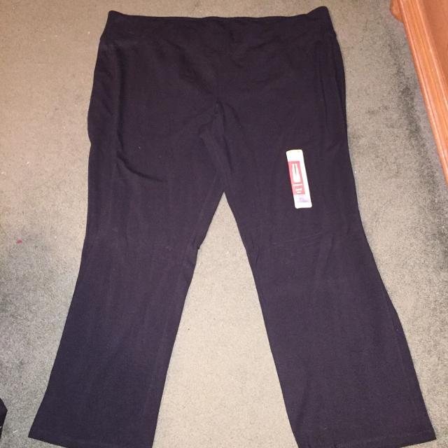d8abc373194b5 Find more Danskin Now Semi-fitted Yoga Pants Size 4x(26/2 Nwt for ...