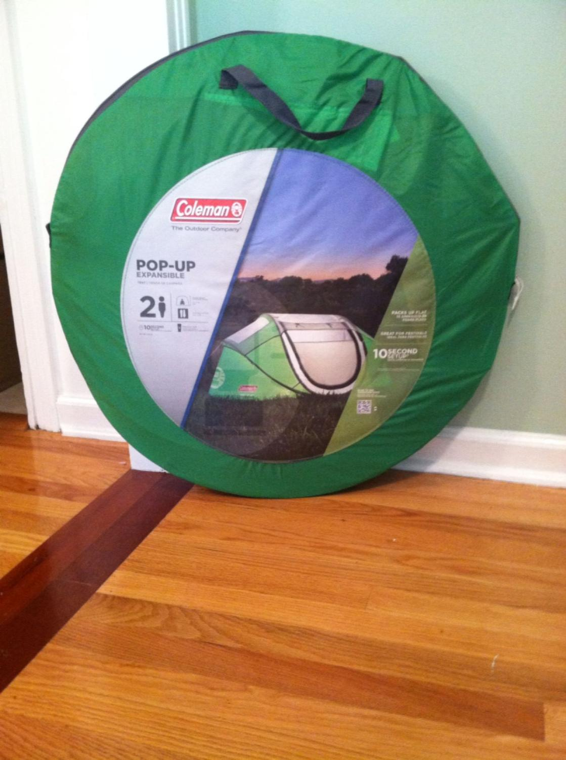brand new 51ef0 b6cb9 BRAND NEW!! Coleman tent. 2 person pop up expansible. more pics in comments.