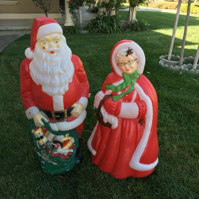 Best Mr. & Mrs.claus Vintage Outdoor Plastic Lighted Blow Molds for sale in  San Benito County, California for 2019 - Best Mr. & Mrs.claus Vintage Outdoor Plastic Lighted Blow Molds For