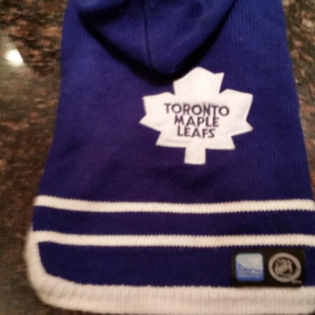 Find more Toronto Maple Leafs Knitted Dog Sweater for sale at up to ... 0cc6900cc
