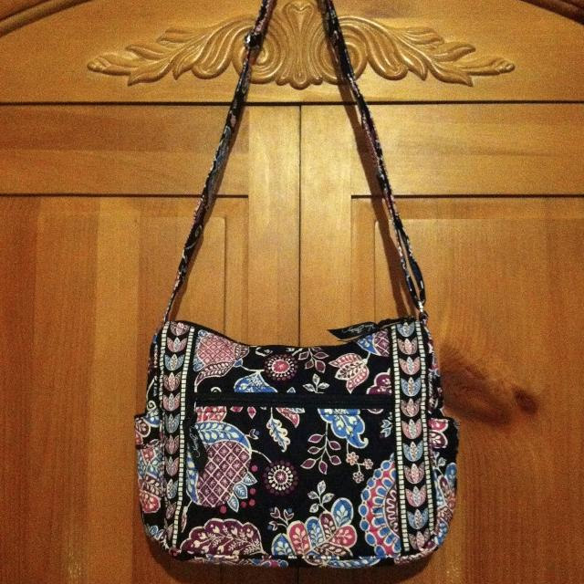 08818aa339dcea Find more Vera Bradley On The Go Crossbody Purse In Newly Released ...