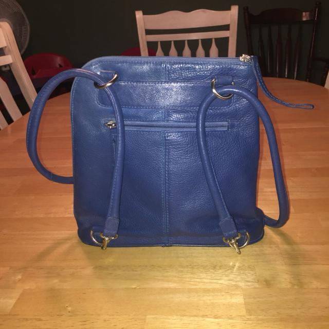 5b1e7def42 Find more Almost Brand New Blue Leather Clarks Purse, Can Be Worn As ...