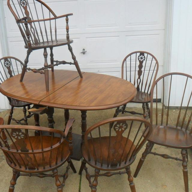 Find More Very Nice Hale Company Dining Room Set Windsor Chairs For