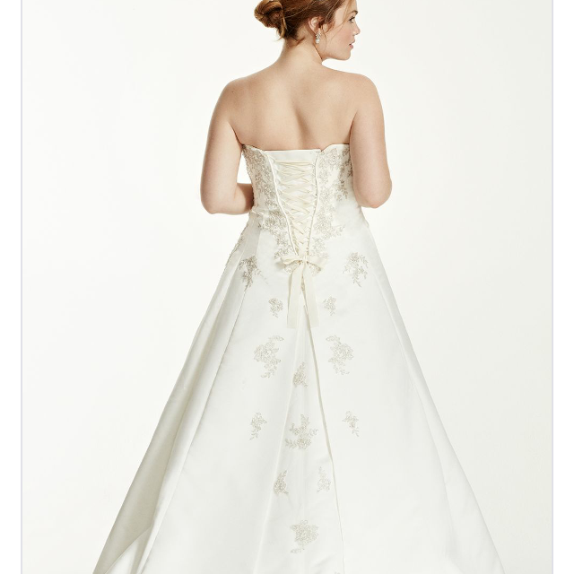 Best Wedding Dress Size 20 French Bustle And Sweetheart Neckline