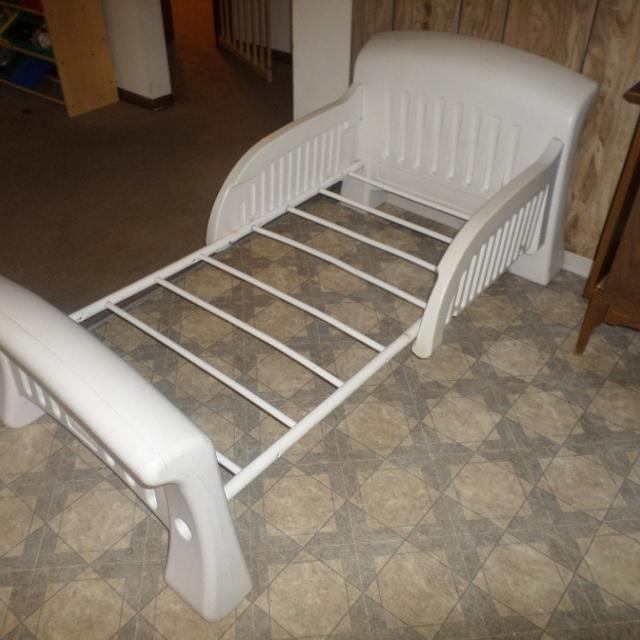 White Plastic Toddler Bed Frame