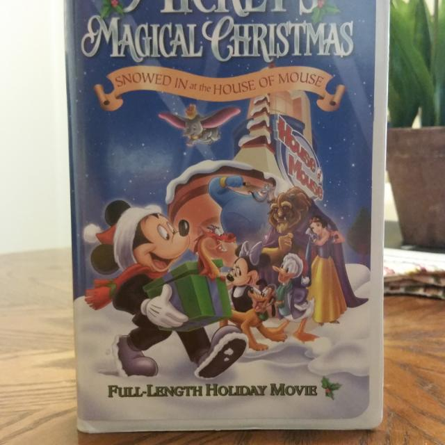 mickeys magical christmas snowed in at the house of mouse characters