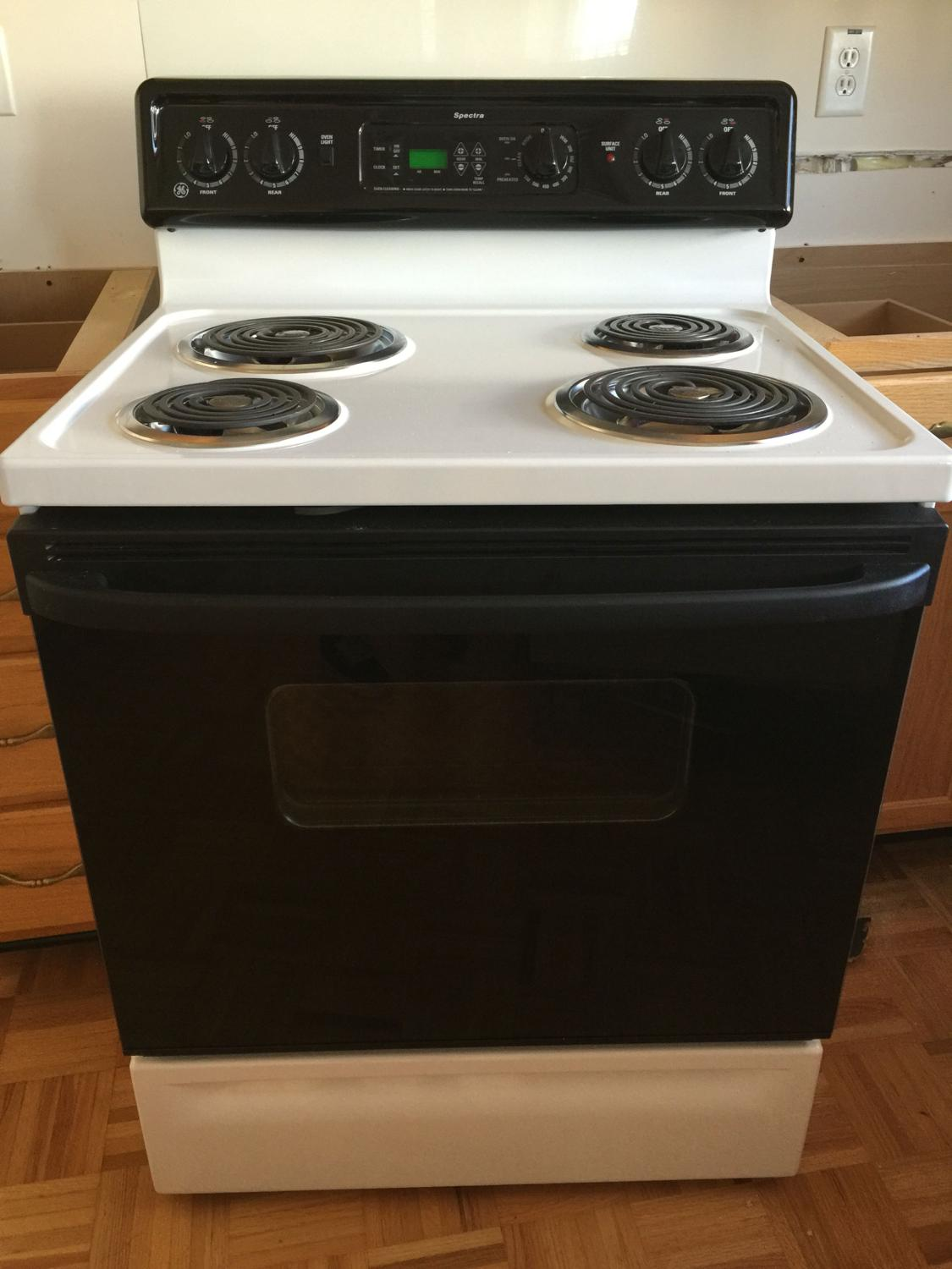 Find more Electric Stove- Ge Spectra for sale at up to 90% off ...