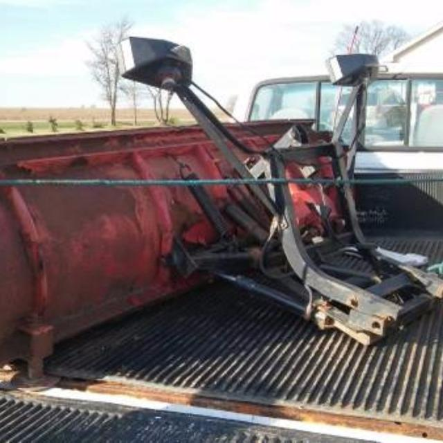 Western Unimount 9ft Plow With Chevy Truck Bracket And Harness