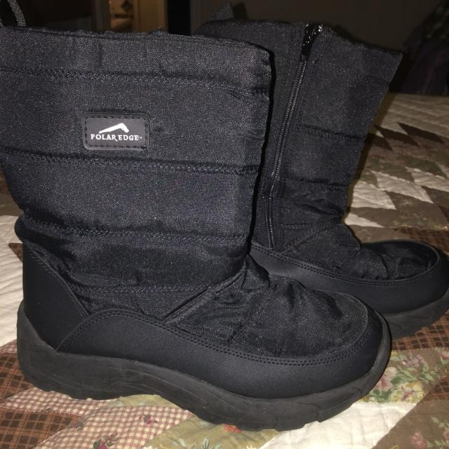 ddf7c97d8 Find more Polar Edge Snow Boots Size 6 In Boys Used But In Like New ...