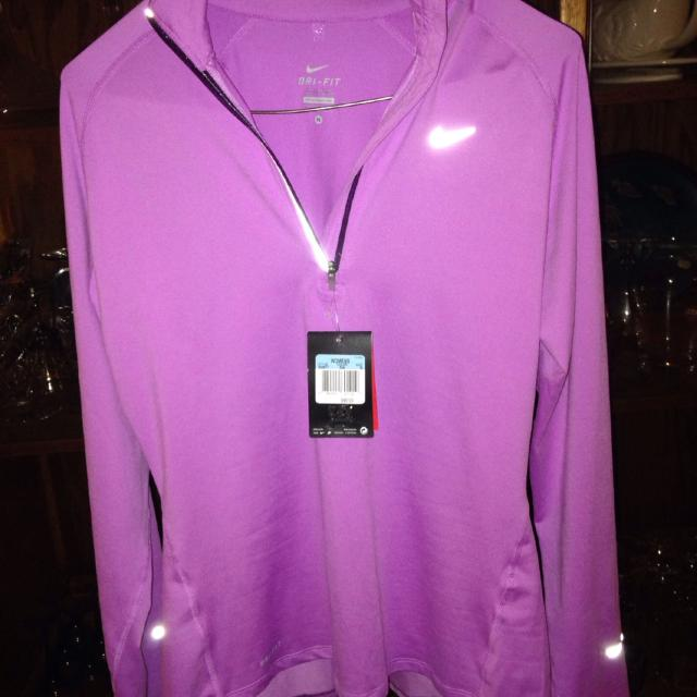 bfc3c527 Find more Women's Nike Dry Fit Long Sleeve Pullover. Light Purple ...