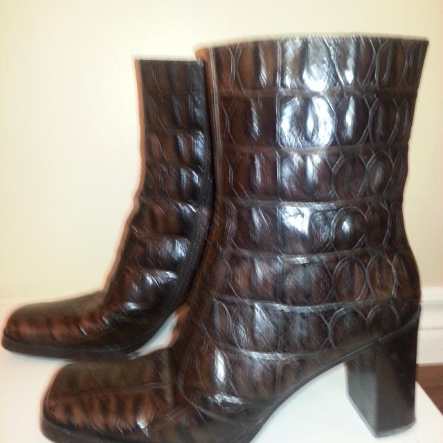 e4b3303c231 Via Spiga brown leather croc embossed boots