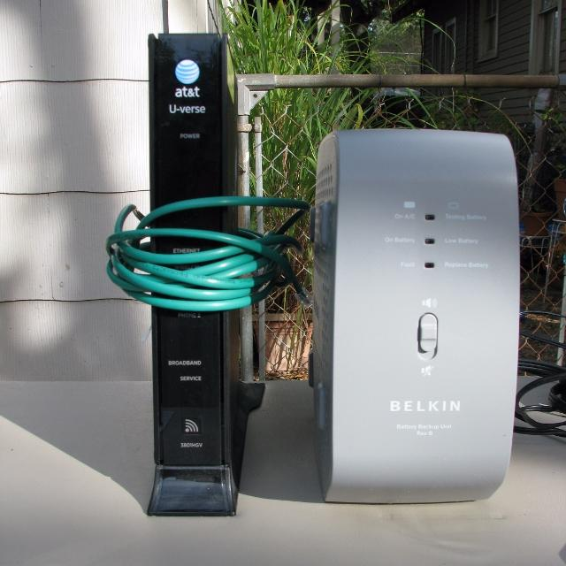 AT&T DSL Modem/Router with Battery Backup