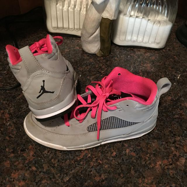 promo code 8096f c4b42 Girls Jordan basketball shoes size 3