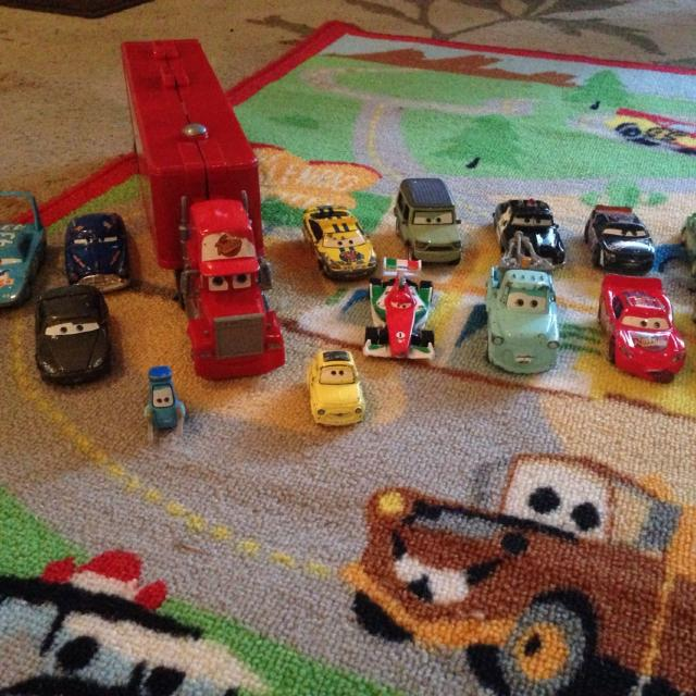 Lot Of Disney S Cars 15 Lightning Mcqueen Mater And A Radiator Springs Race